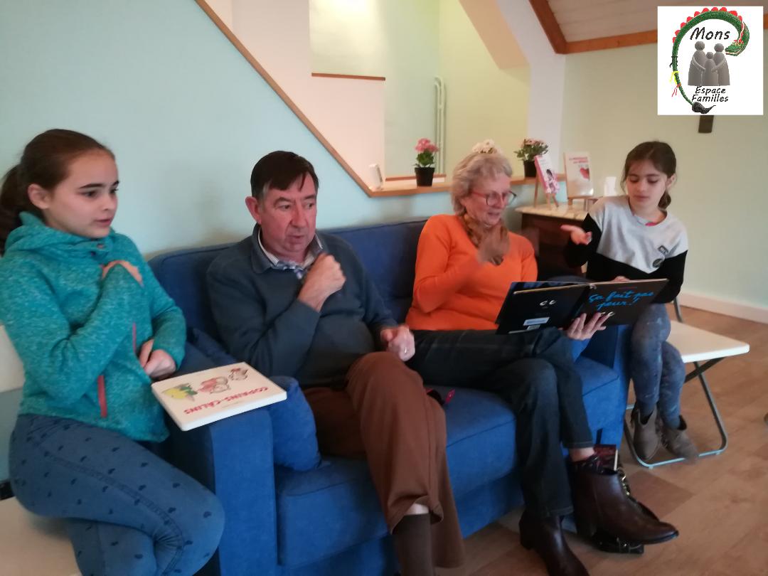 Formule courte de 2h - Mamy, Papy et grandes soeurs apprennent les signes